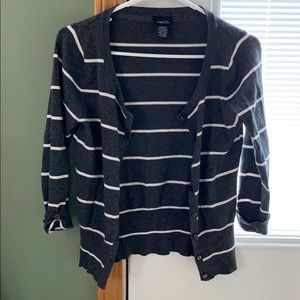 Button-up 3/4 sleeve Cardigan